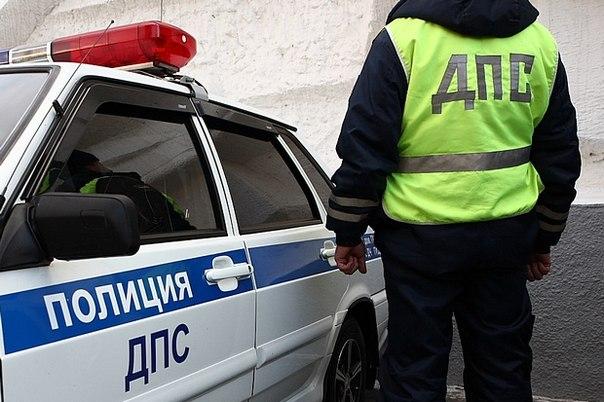 В Смоленске водитель пытался скрыться от ДПС и опрокинул своё авто.