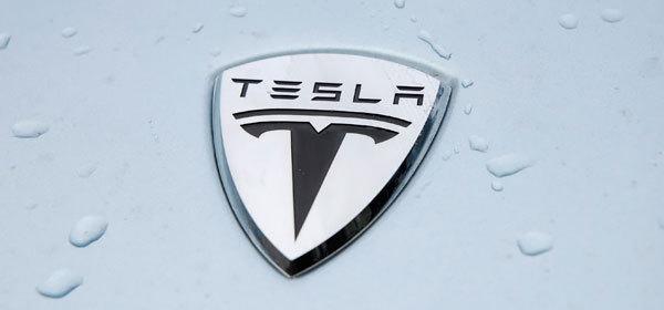 Компания LG станет поставщиком батарей для Tesla