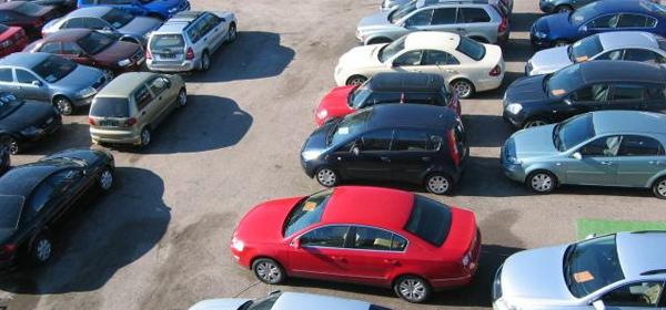 В России продажи подержанных автомобилей упали на 8,7%