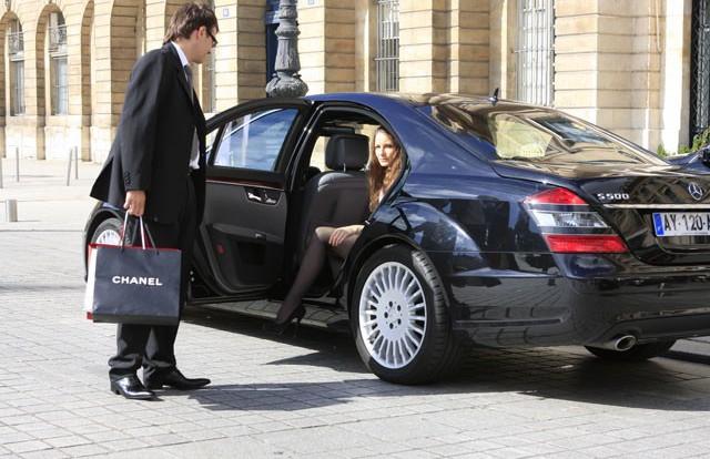 Специфика аренды автомобиля с водителем