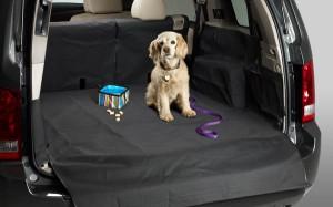 Что обычно находится в багажнике автомобиля?