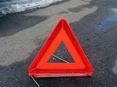 Три грузовых автомобиля и легковой Audi 100 столкнулись в Смоленской области