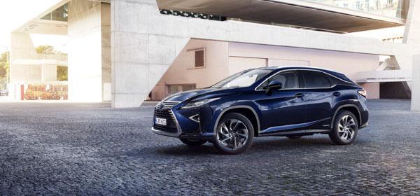 Lexus начал продажи нового RX в России