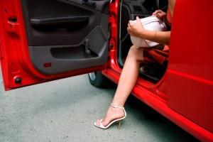 Женщины на автомобилях