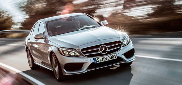 Mercedes отзывает седаны С-Class из-за проблем с рулевым управлением