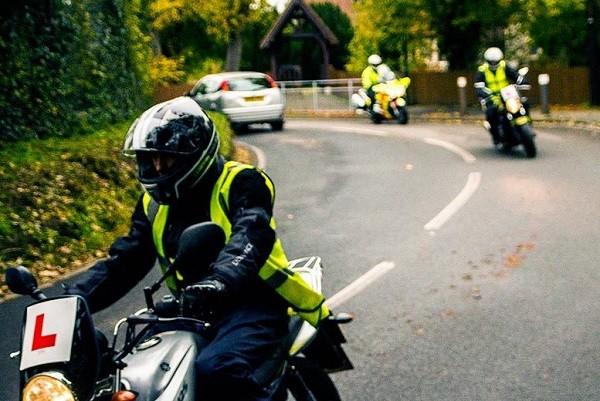 Каких мотоциклистов научат оказывать первую помощь?