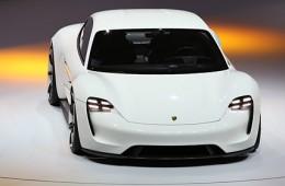 Porsche выпустит свой первый электрокар в 2020 году