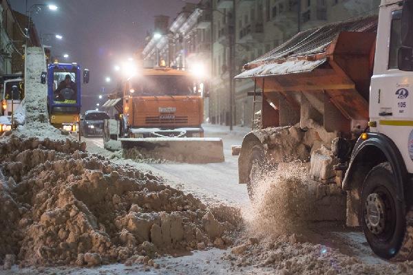 С улиц Смоленска за неделю вывезли более 3,5 тысяч кубометров снега