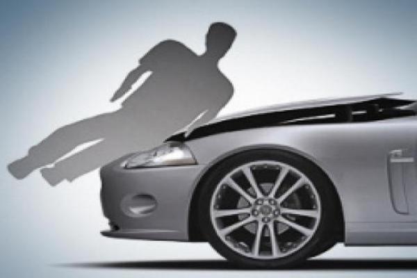 В Смоленской области машина «напала» на своего хозяина