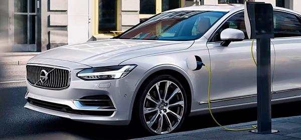 Volvo представит первый электрокар в 2019 году