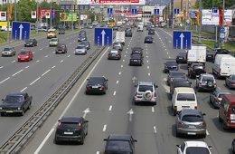 В Госдуме предложили отменить транспортный налог