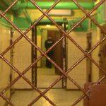 В Смоленской области двое безработных выкрали из машины магнитолу и набор инструментов