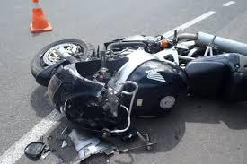 В Смоленской области «Фольксваген» столкнулся с мотоциклом