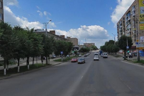 В Смоленске не поделили дорогу троллейбус и машина ДПС