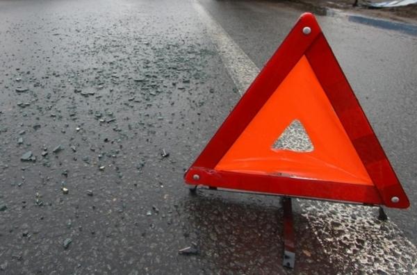 В Смоленской области ВАЗ столкнулся с микроавтобусом. Пострадали двое