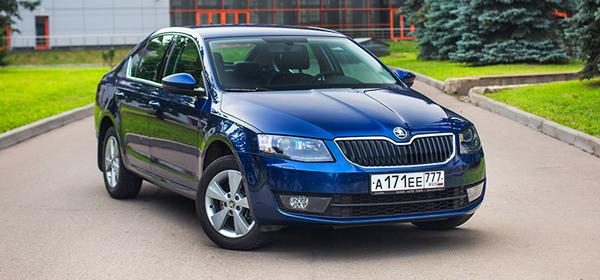 Продажи автомобилей С-класса в России упали на 35%