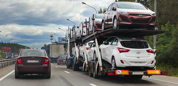 Импорт легковых автомобилей в Россию в первом полугодии упал на 28,5%