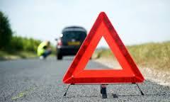 На трассе М-1 в Смоленской области грузовик и «Peugeot» не поделили дорогу