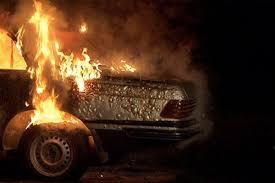 В Смоленске ночью горели иномарки