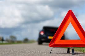 В Смоленске иномарка протаранила автопоезд