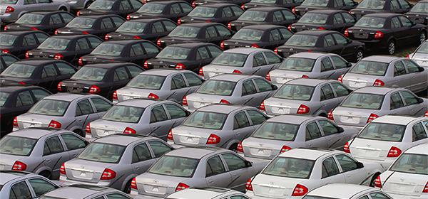За месяц 26 компаний изменили цены на автомобили в России