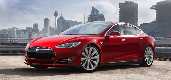 Tesla запретила использовать свои беспилотники в такси