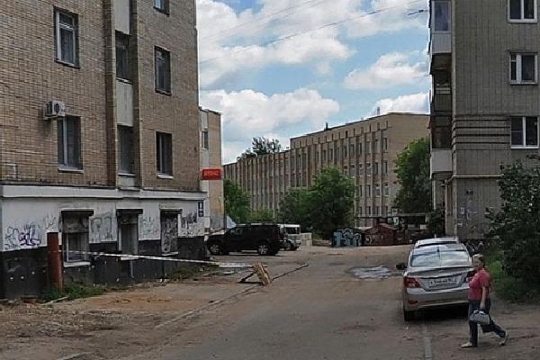 Владельцев гаражей в центре Смоленска обязали снести их до 1 декабря