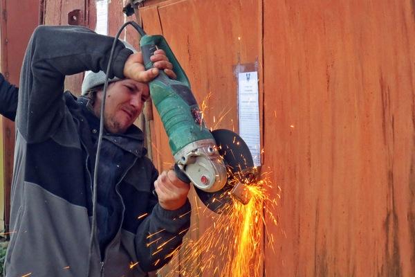 В Смоленске собственникам предложили снести 13 гаражей
