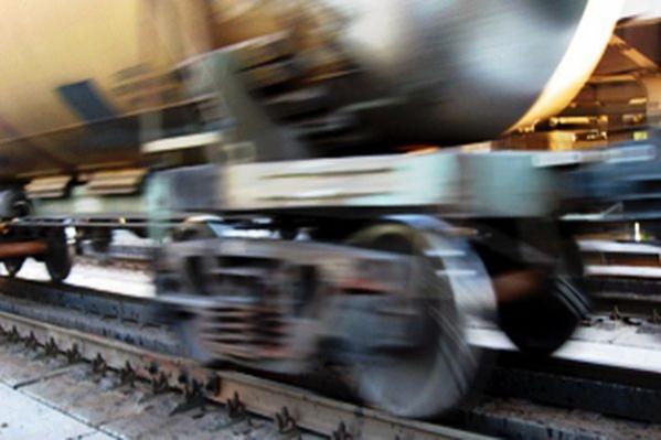 В Смоленской области мужчина погиб, бросившись под грузовой поезд