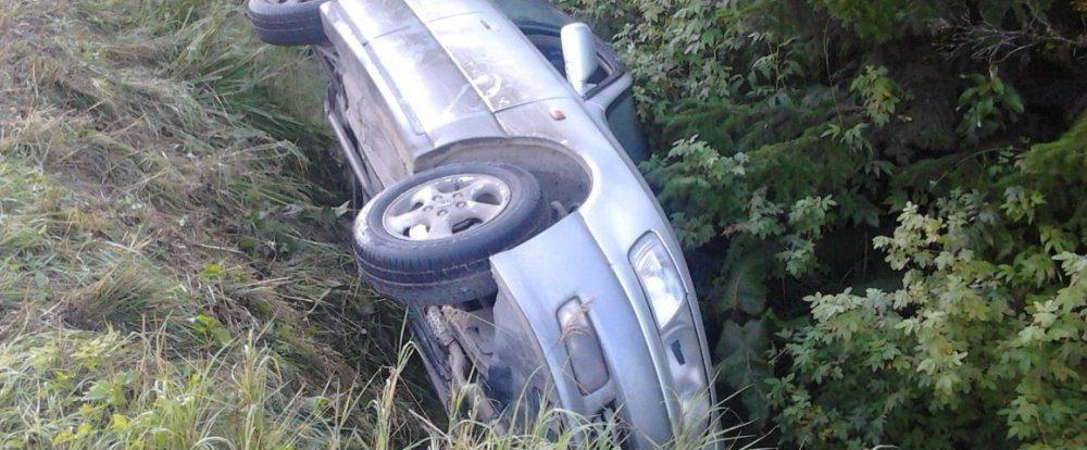 В Смоленской области угонщик свалился в кювет на чужом авто
