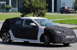 Hyundai вывел на тесты новый Veloster