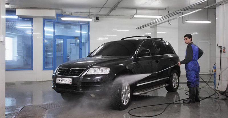 Стоит ли пользоваться автомойкой в зимний период?