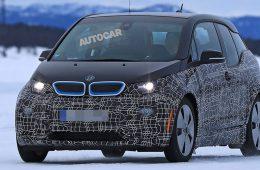 BMW вывела на тесты обновленный электрокар i3
