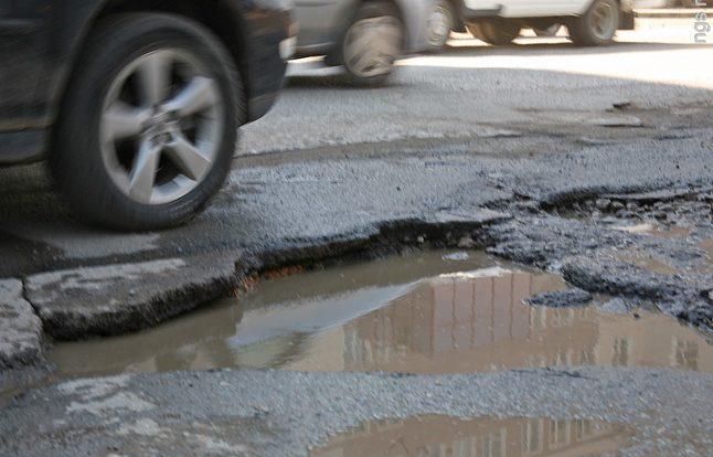 Почему в Смоленске плохие дороги?