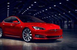 Tesla стала самым дорогим автоконцерном США