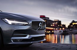 Первый электрокар Volvo будут собирать в Китае