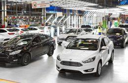 Прогноз Минпромторга: продажи машин в России в 2017 году вырастут на 3%