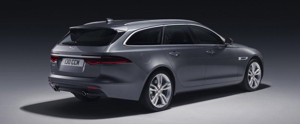 Jaguar не поверил, что «сараи» вымирают, и выпустил XF Sportbrake