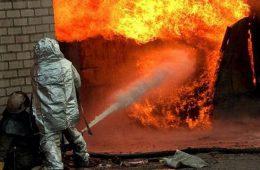 В Смоленской области гараж сгорел вместе с иномаркой