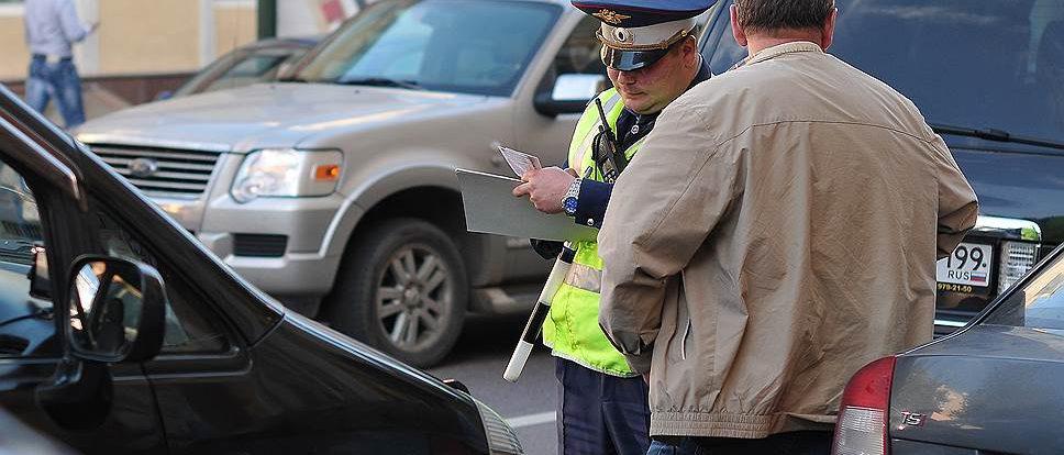 Под Смоленском 15-летний водитель мопеда в лоб протаранил легковушку