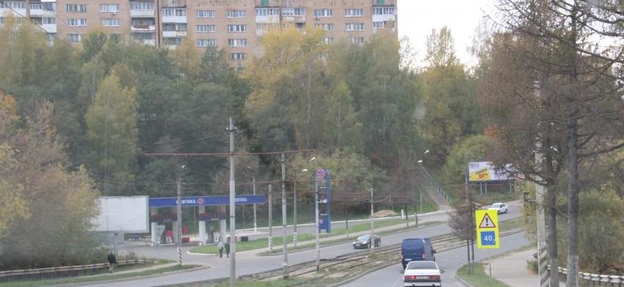 Волга протаранила иномарку под Смоленском