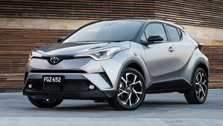 Новый компактный кроссовер Toyota появится в России в 2018 году