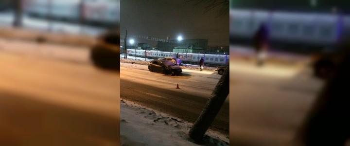 На Витебском шоссе в Смоленске ночью произошло серьезное ДТП