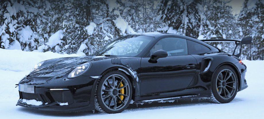 Купе Porsche 911 GT3 RS раскрыло все детали своего оперения
