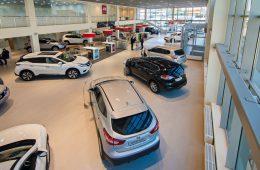 Спад на российском рынке автодилеров прекратился