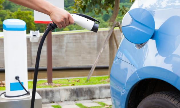 Спрос на электромобили продолжает расти в Шанхае
