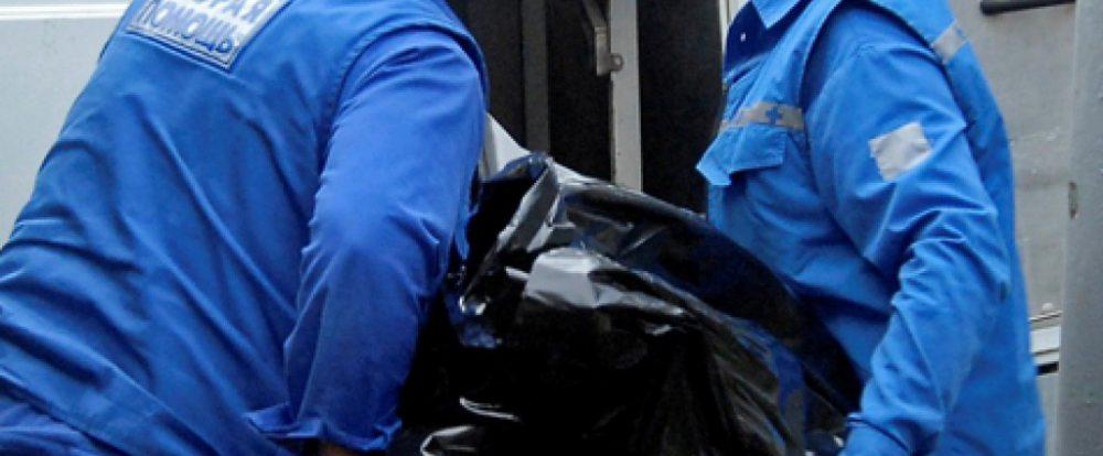 Иномарка на скорости протаранила столб на Медгородке