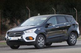 Паркетник Ford Kuga третьего поколения вышел на тесты