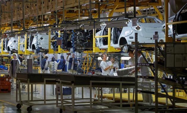 Россия продолжает наращивать объёмы производства легковых машин