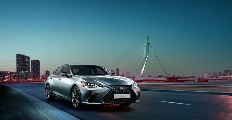 Новый Lexus ES для России: первые подробности